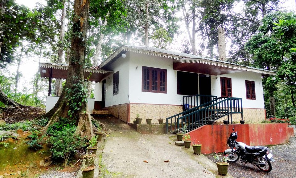 Moderate Priced Hotels in Munnar